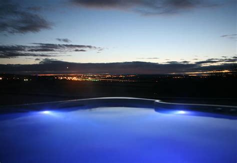 Five stunning hot tub holidays in Edinburgh and the