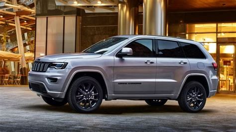 2017 Jeep Grand Cherokee Night Eagle Review - Top Speed