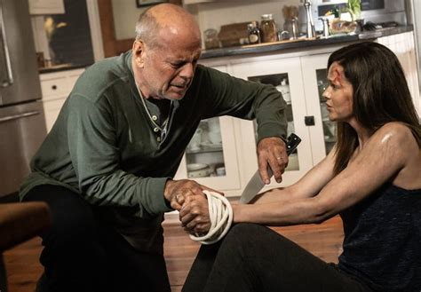 Bruce Willis in Survive The Night: here's the trailer