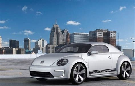 Volkswagen E-Bugster Concept is an electric bug that wants