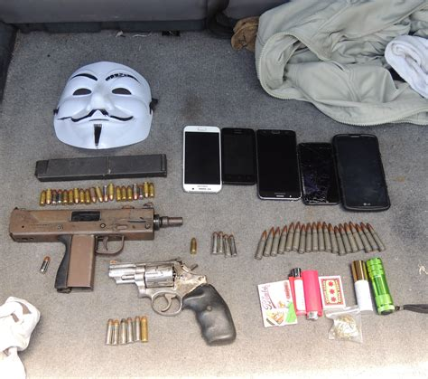 SKN SECURITY FORCES SEIZE TWO ILLEGAL FIREARMS AND