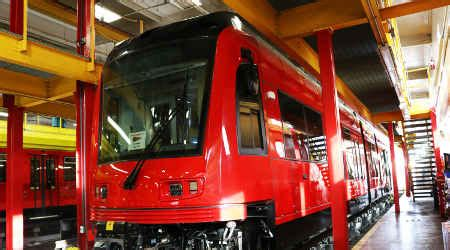 Rail Insider-Siemens delivers first of 45 new trolley cars