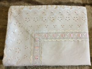 Pillow Case Queen Envelope Closure Eyelet Cottage Style