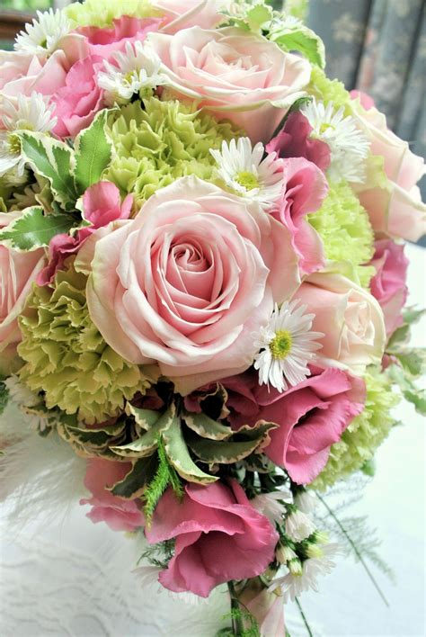 Pink and green wedding flowers | Shrigley Hall | Cheshire