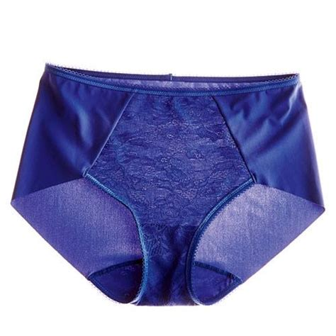 Best Bras and Panties for Your Body Shape - Women Daily